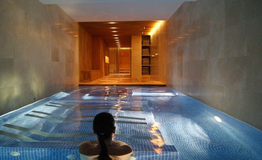 Escapada con spa en la costa brava costa brava verd hotels - Escapadas romanticas jacuzzi habitacion ...