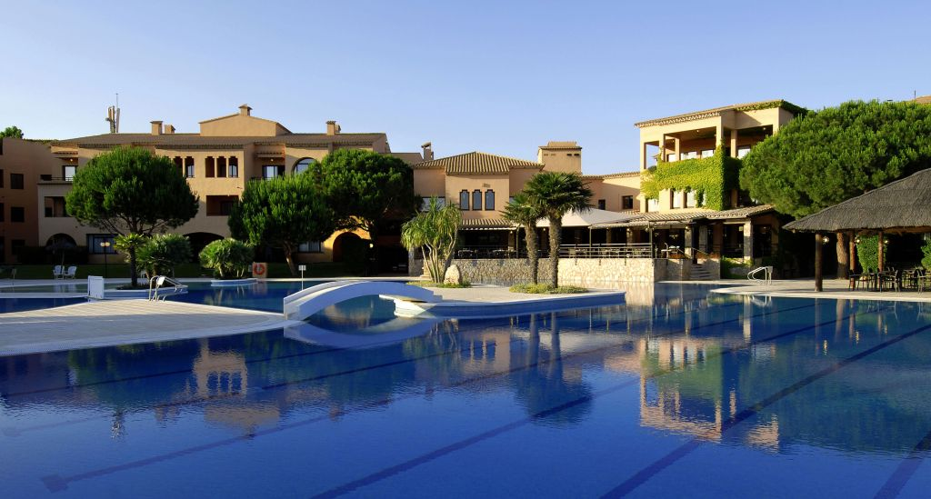 The best hotels on the costa brava for families with children - Casa playa costa brava ...