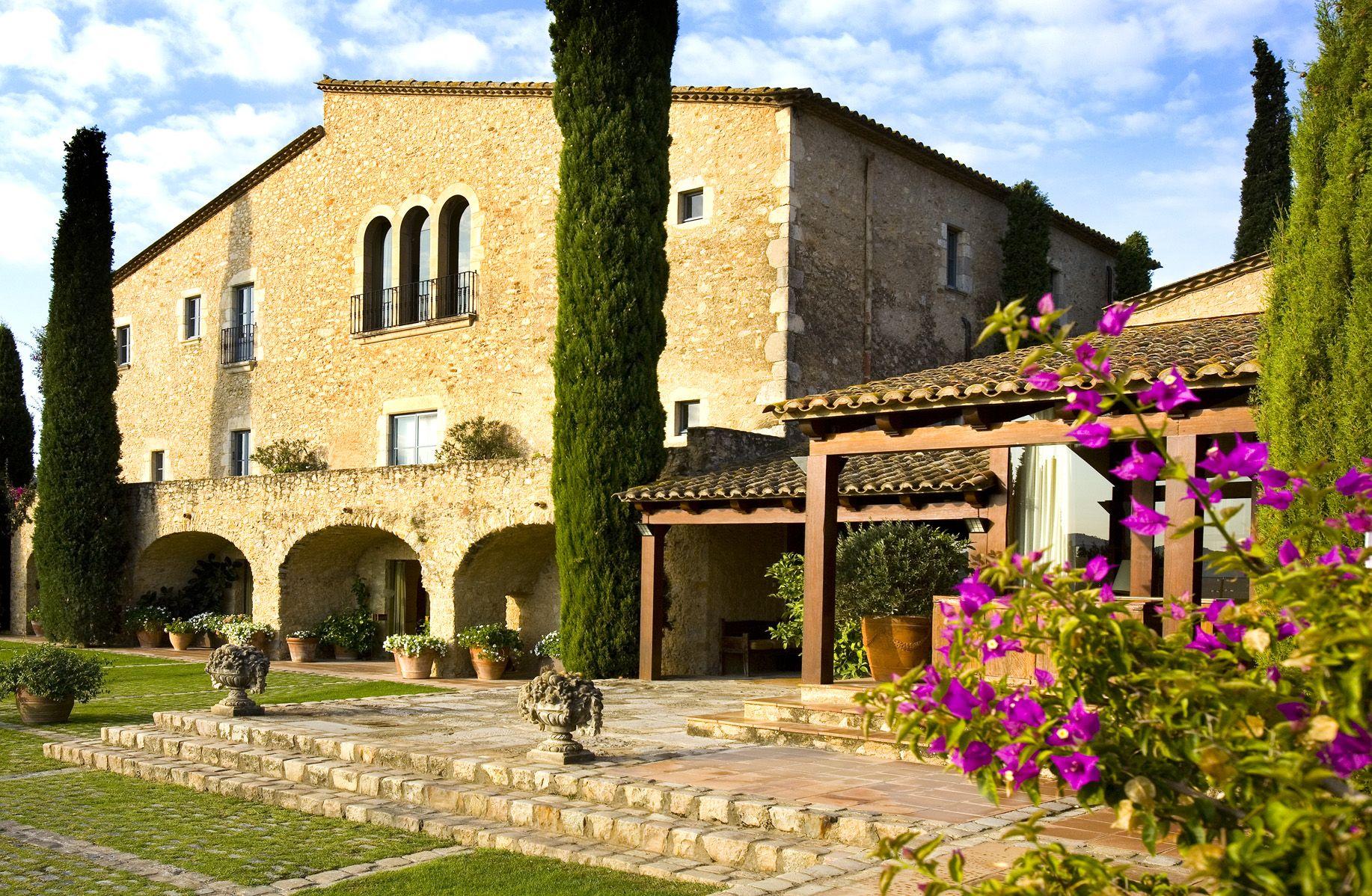 Hotel mas de torrent costa brava hotels - Casa rural en cadaques ...