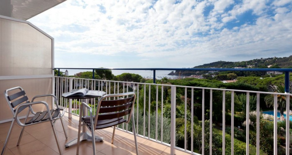 Hotel alga costa brava hotels - Calella de palafrugell office tourisme ...